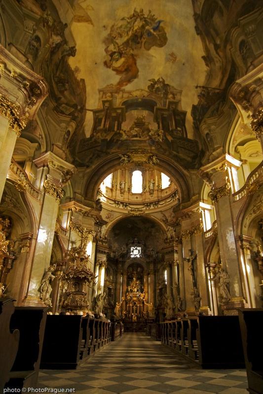 baroque prague minos guide
