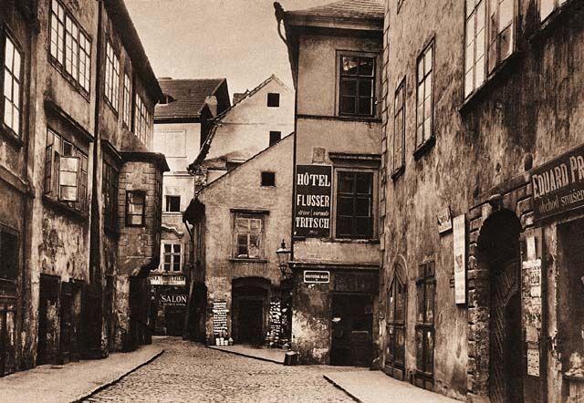 http://www.digital-guide.cz/media/thumbs/digital_guide/selekce_realie/historicke_realie/ctvrte_hlavniho_mesta_prahy/zidovske_mesto_josefov/josefov_jpg_800x800_q85.jpg